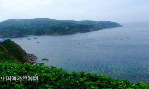 >> 正文   2010年8月9日上午,受獐子岛镇第十一届渔民节的邀请